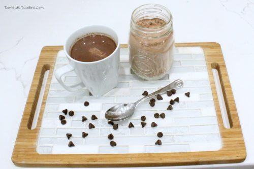 Keep a batch of this creamy and chocolaty homemade hot cocoa mix on hand for the perfect treat anytime. Just add hot water! - Domestic Deadline