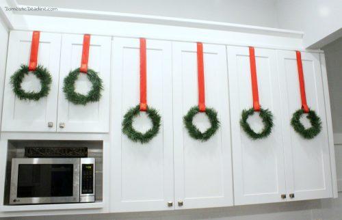 DIY Dollar Store Mini Wreaths - Modern Farmhouse Christmas - Domestic Deadline